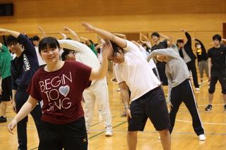 15 28年度2組準備体操.JPG