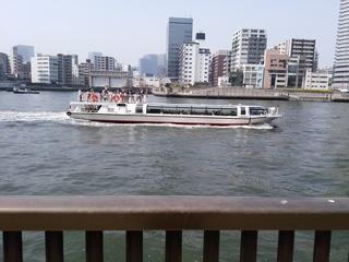 21.5 船.jpg