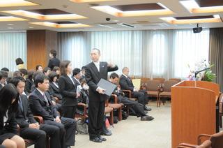 3入学式土居さん谷先生.JPG