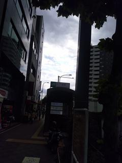 5 八丁堀駅逆光.jpg