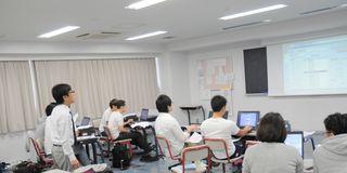 DSC_0004`.jpg
